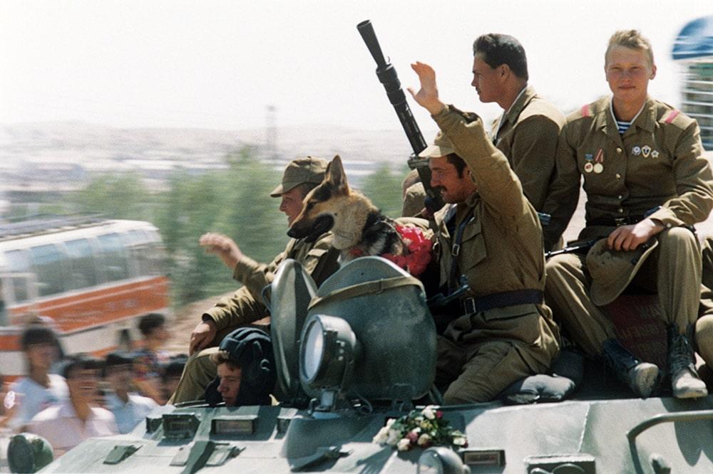 Порно фильм о выводе войск из афганистана мамину